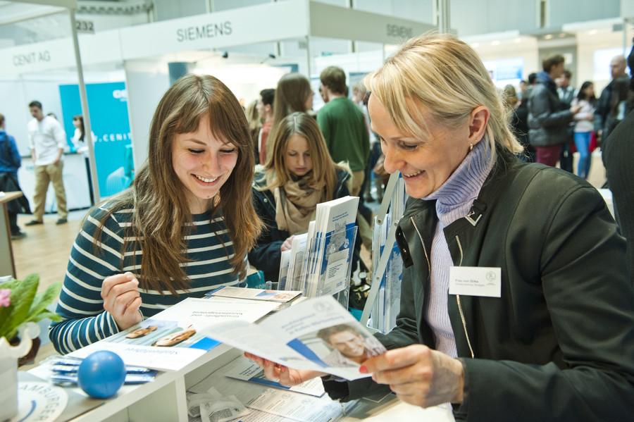 Blick in die Praxis – Auf der HORIZON Münster gibt es Hilfe aus erster Hand für die Orientierung nach dem Abitur