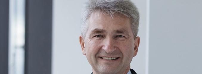 Andreas Pinkwart erhält Auszeichnung der Kent University für Verdienste um Wissenschaft und Wirtschaft in Europa und USA
