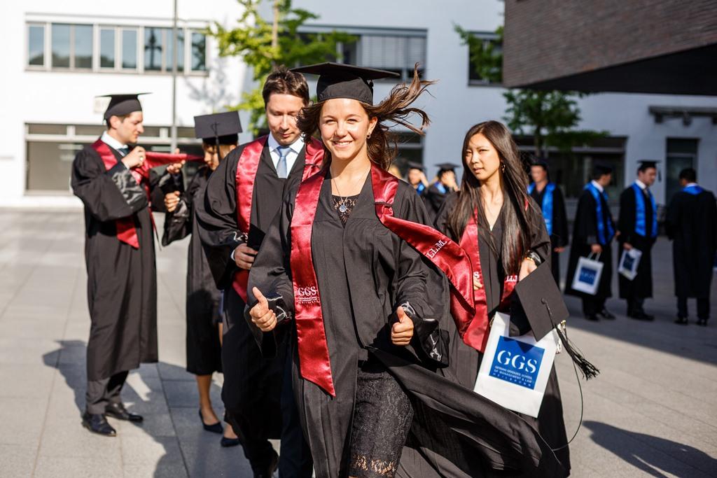 Alumni vom GGS-Studium voll überzeugt