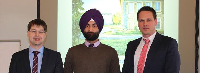 Entspannt im Studium: Vikramjit Singh erhält DAAD-Preis der EBS Universität