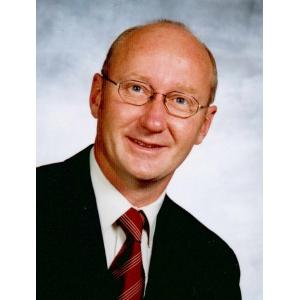 Prof. Dr. rer. pol. Jörg Heinzelmann